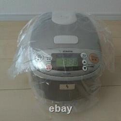 ZOJIRUSHI rice cooker NS-LLH05-XA 0.54L 3 Cups Steamer Warmer 220V NEW