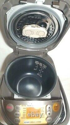Zojirushi NP-NVC10 Cooker Warmer 5.5 Cup Stainless Barely Used! A9