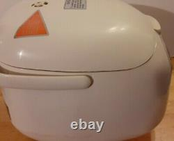 Zojirushi NS-KCC05 3-Cups Rice Cooker Warmer